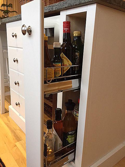 Ett flaskutdrag är ett smart sätt att utnyttja ett litet utrymme.